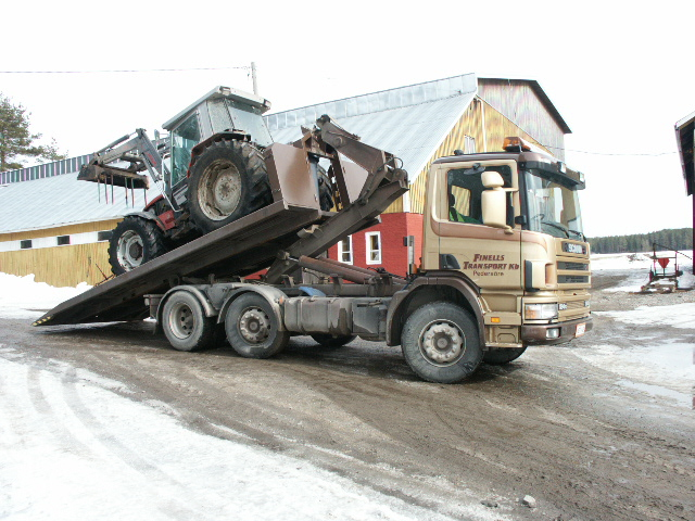 Traktor flytt